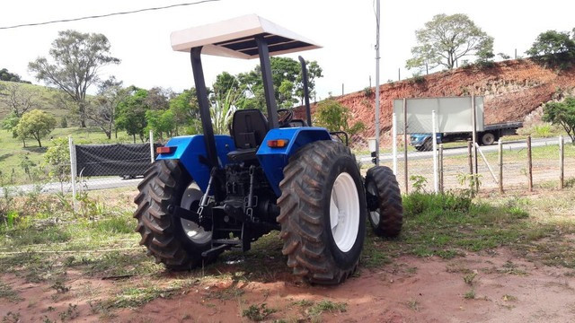 Trator New Holland Tl 70