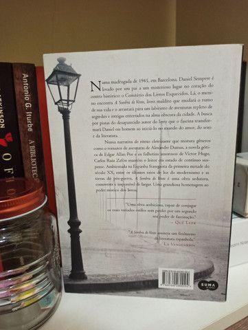 """Livro """"A Sombra do Vento"""" - Foto 2"""