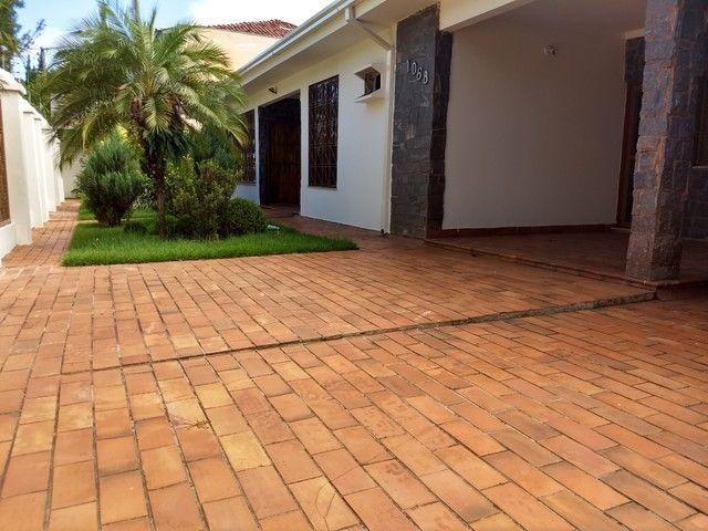 Casa térrea com 291 m² de área construída e 416 m² de terreno no Jd Autonomista