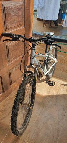 Bicicleta Caloi Mtb 21v aro 20 - Foto 3