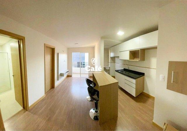 Ótimo apartamento Semi-mobiliado