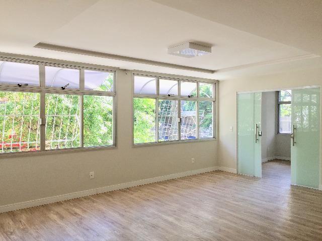 Apartamento amplo com 142 m², 2 suítes, closet, 2 vagas de garagem - Santa Helena