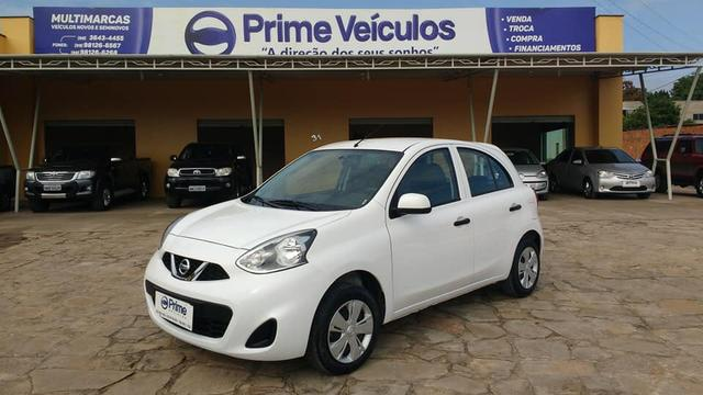 Nissan March 1.0 completo ano 2017/2018