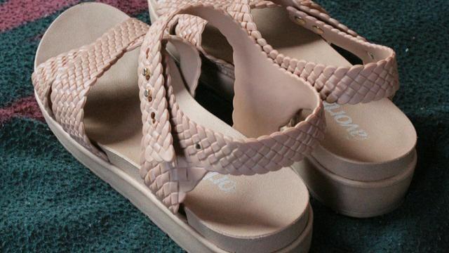 243e40f9a Sapato feminino número 33/34 FAVORITA - Roupas e calçados - Compensa ...