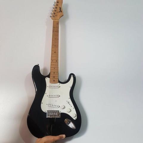 Guitarra Stratocaster Lauren