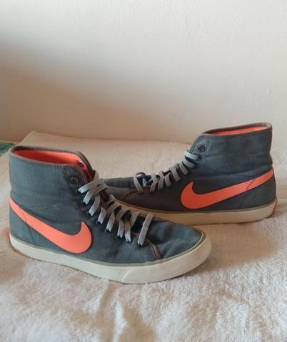 Tênis Nike cano alto 37