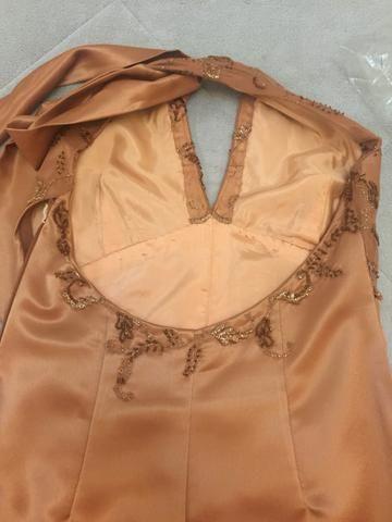 Vestido social longo rosa antigo de cetim e renda tam M - Foto 3