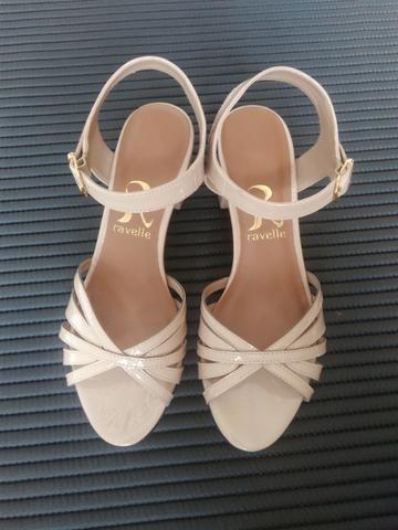 Sapato sandália NOVO - Foto 2