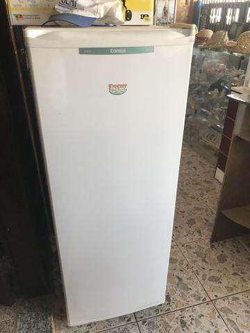 Freezer altamente novo
