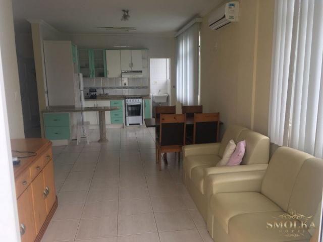 Apartamento à venda com 3 dormitórios em Jurerê, Florianópolis cod:8570