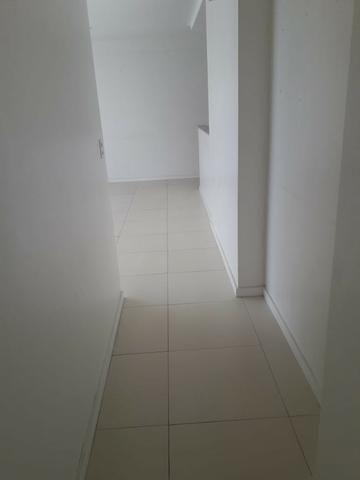 Apartamento no Benfica semi novo 92m2 andar alto nascente - Foto 4