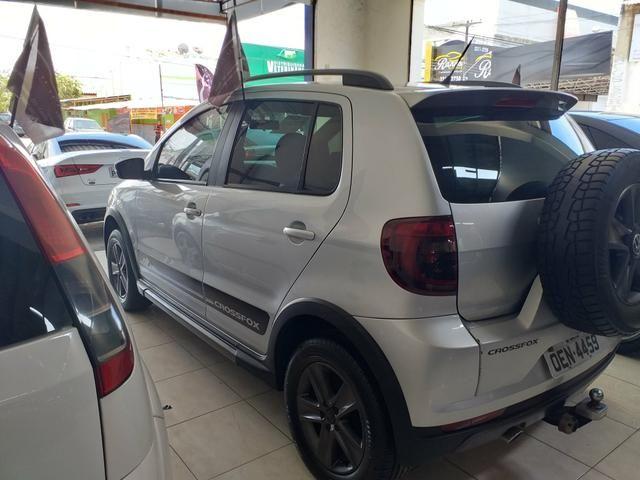 Crossfox 1.6 2012 o mais Novo de Sergipe 4 pneus novos goodyear - Foto 3