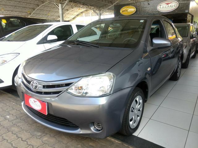 Etios Sedan 1.5 X - Foto 2