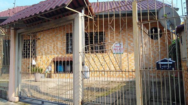 Duas Casas 4 dormitórios frente 2 Ruas estac 8 carros Junto Planalto - Foto 15