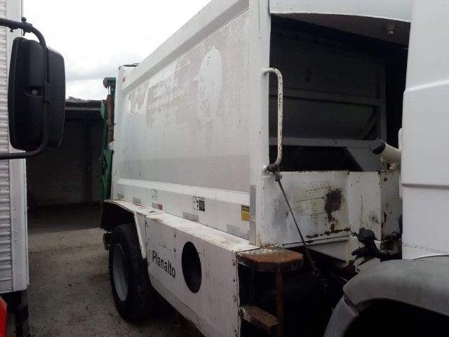 Coletor de lixo / compactador de lixo