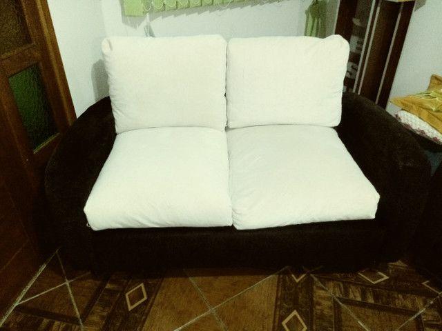 Vendo sofá modelo retrô. - Foto 4