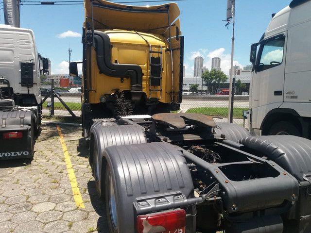 Caminhão Scania 470 com motor 440 6x4 - Foto 7