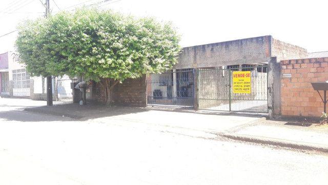 Casa, com 4 apartamentos aptos a alugar, em Excelente Localização! - Foto 10