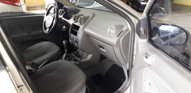 Fiesta Sedan 1.6 Flex 2006 - Foto 7