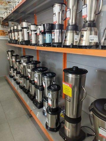 Liquidificador baixa rotação 8 litros 110/220v - Colombo  - Foto 3