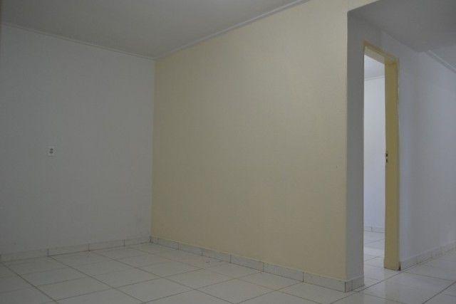 Casa confortável, 2 quartos, 1 suíte, outra residência no lote. Vl. Nova Canaã, Goiânia-GO - Foto 15
