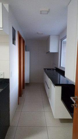 Apartamento no Miramar Nobre, Andar alto vista definitiva e Área de Lazer completa! - Foto 10