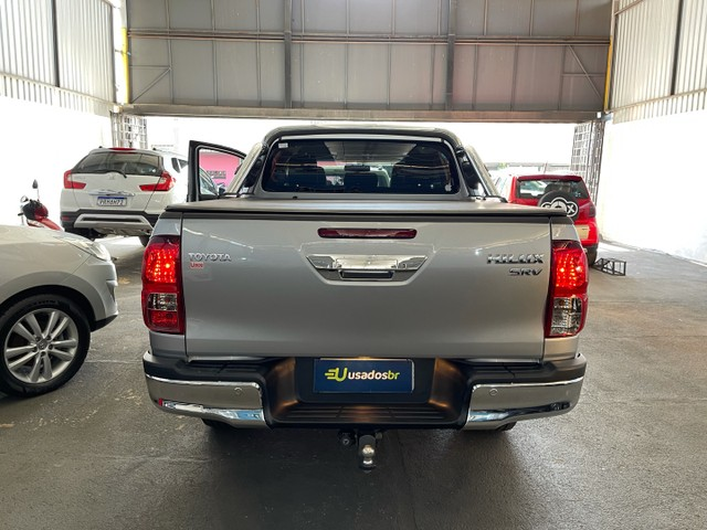 Toyota Hilux Srv Flex 4x4 2020 Garantia de Fabrica - Foto 8