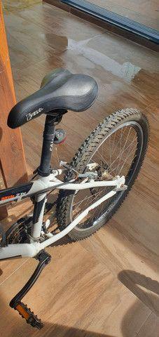 Bicicleta Caloi Mtb 21v aro 20 - Foto 4