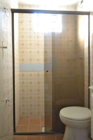 Casa confortável, 2 quartos, 1 suíte, outra residência no lote. Vl. Nova Canaã, Goiânia-GO - Foto 8
