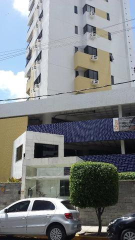 Apartamento em boa viagem na rua do colegio santa maria
