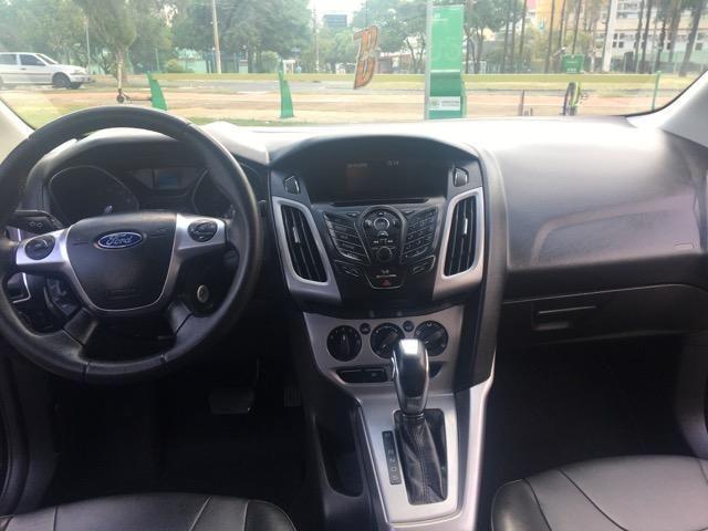 Ford Focus SE Sedã 2.0 Powershift - Muito Conservado - Foto 5