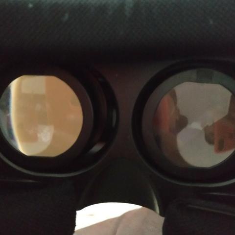 Óculos de realidade virtual semi novo - Foto 2