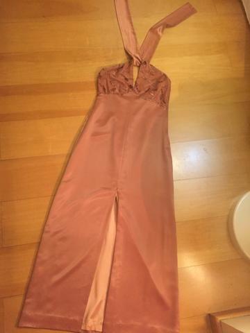 Vestido social longo rosa antigo de cetim e renda tam M - Foto 4