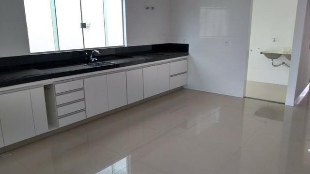 Samuel Pereira oferece: Casa Escriturada Nova Moderna Financia F G T S 3 Suites CABV - Foto 6