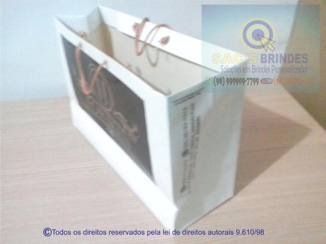 Compre-100-sacolas-de-papel-branco-personalizada-em-são-luis-tamanho-média - Foto 2