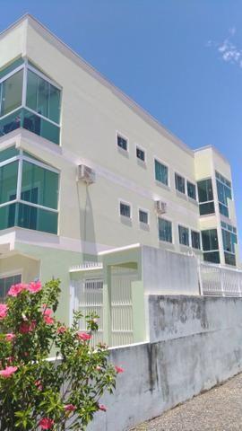 Lindo apartamento semi mobiliado com vista para o mar - Foto 3