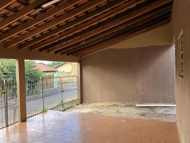 Alugo Casa no Aerorancho (próximo ao Terminal Aerorancho e Hospital Rosa Pedrossian) - Foto 5
