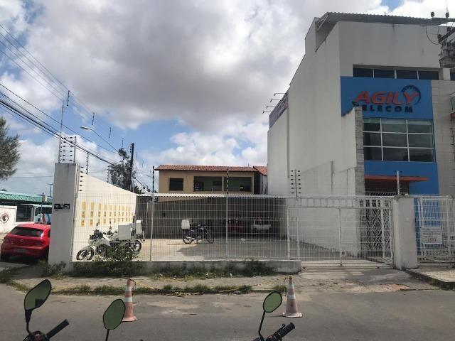 Alugo excelente terreno, ponto comercial no bairro Conjunto Ceará ideal para investir