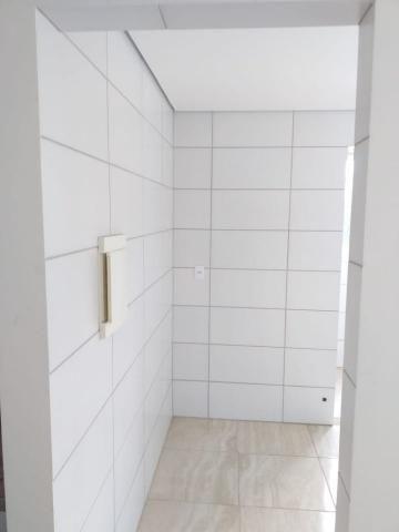 Apartamento com 02 quartos com armários e 04 vagas cobertas - Foto 4