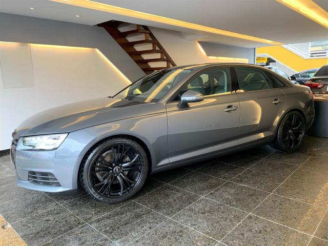 AUDI A4 2018/2018 2.0 TFSI ATTRACTION GASOLINA 4P S TRONIC