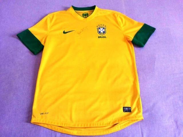 a13a84e6f3 Camisa da Seleção Brasileira autografada pelo Neymar - NOVA ...