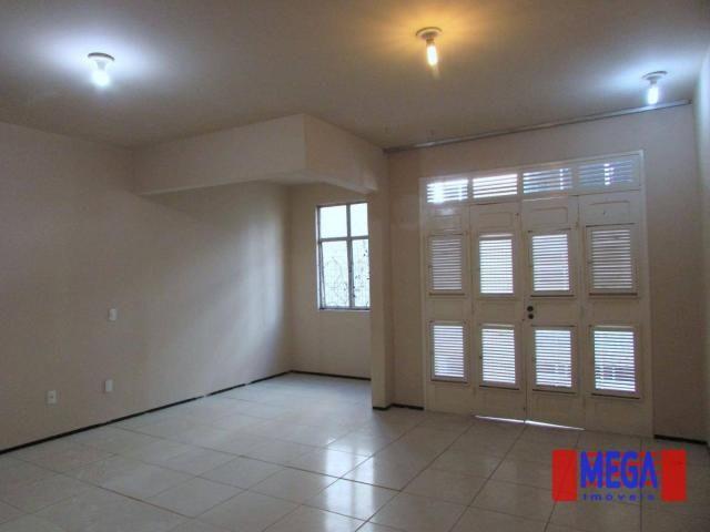 Apartamento com 3 quartos para alugar, próximo à Av. Antônio Sales - Foto 3