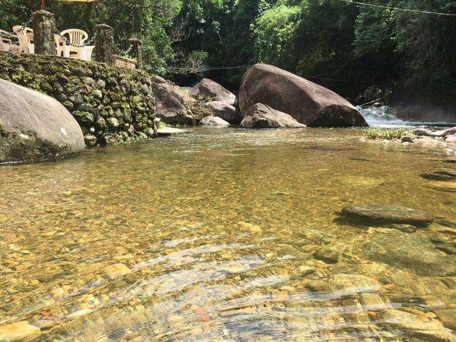 Casa da Cachoeira no pé da Serra de Friburgo - Foto 7