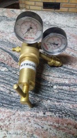 Regulador de alta pressão 1000 psi mais cilindro de nitrogenio 7L - Foto 6
