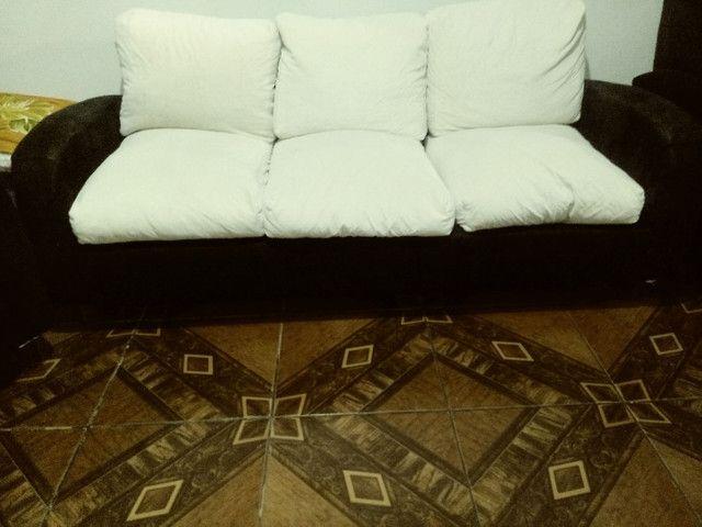 Vendo sofá modelo retrô. - Foto 3