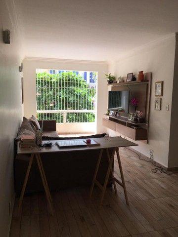 Vendo excelente apartamento no Condomínio Barramar