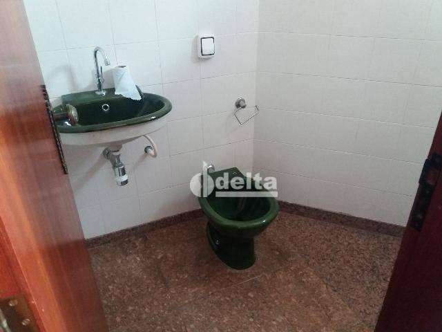 Apartamento com 3 dormitórios para alugar, 200 m² por R$ 2.500,00 - Centro - Uberlândia/MG - Foto 3