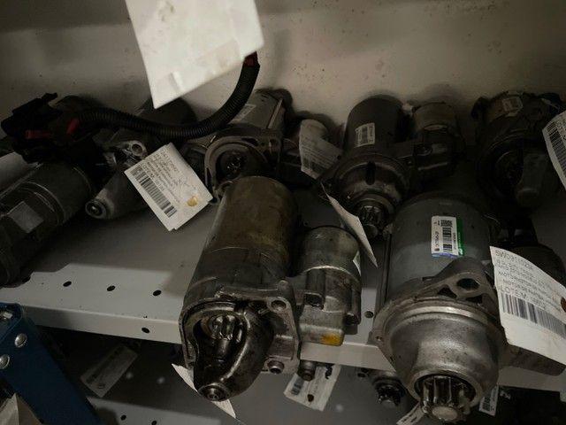 Motores de arranque e alternadores de várias marcas e modelos.