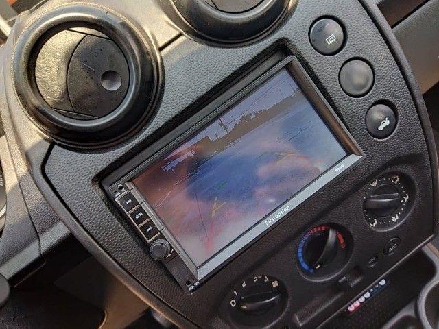 Fiesta Sedan 1.0 2014 Completão! Multimídia! Cam de ré! Troco e financio! Chama no zap! - Foto 8