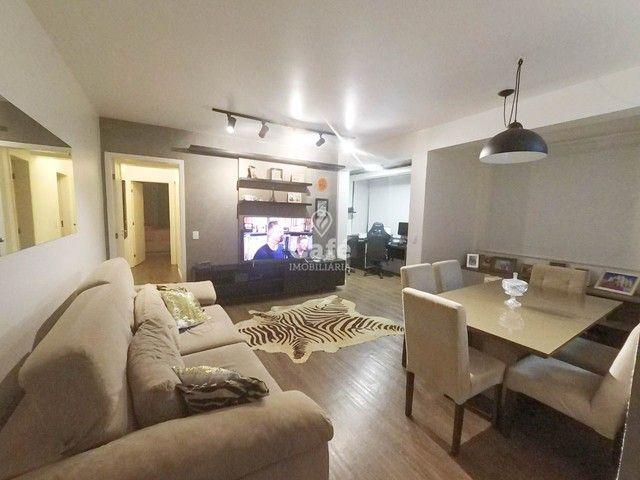 Apartamento, 2 Dormitórios, 1 Suíte, 3 Banheiros, 1 Vaga, Sacada, Semimobiliado, Centro - Foto 12